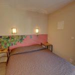 Chambre triple terrasse de l'Hôtel du Mas***