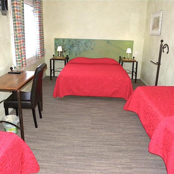 Chambre quadruple Hôtel du Mas***