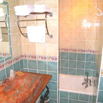Salle de bain Hôtel du Mas***